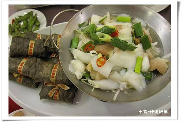 蒜炒龍肉併古香芋粿.jpg