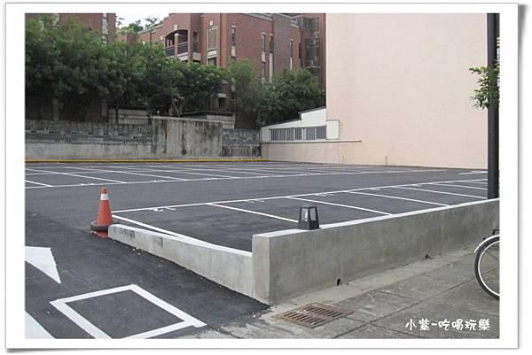 免費停車場-山西路上 (2).jpg