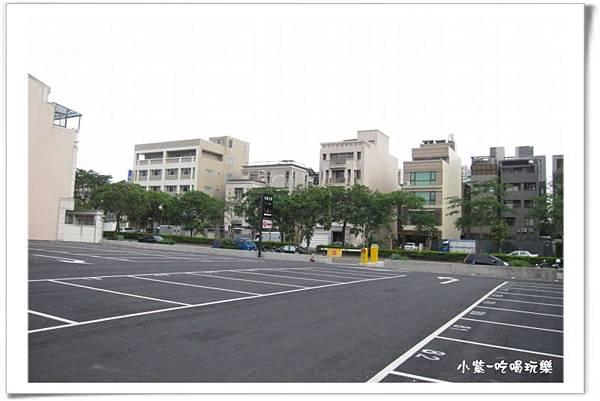 免費停車場-山西路上 (5).jpg