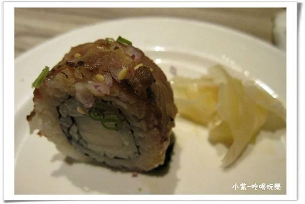 炙燒牛肉壽司.jpg