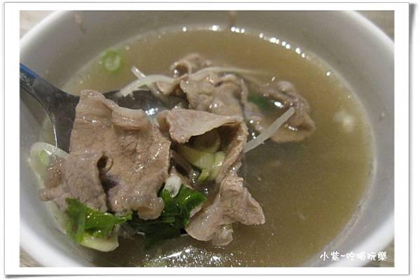 現沖鮮牛肉湯 (5).jpg