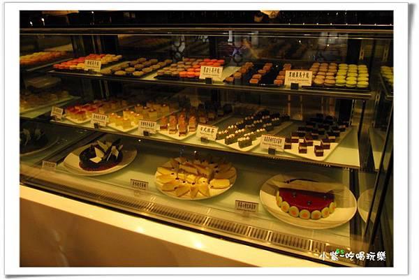 蛋糕甜點區 (1).jpg