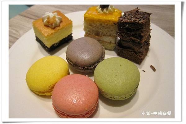 蛋糕甜點區 (3).jpg