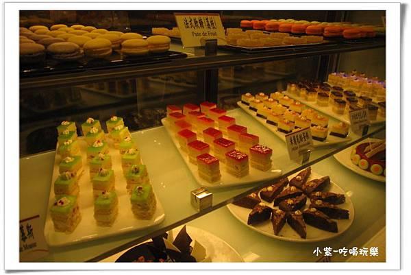 蛋糕甜點區 (4).jpg