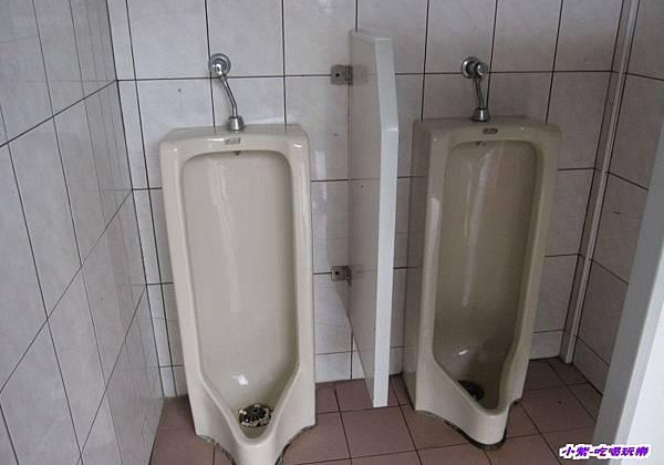 停車場旁-廁所 (2).jpg