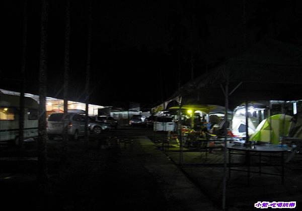 營地夜景.jpg