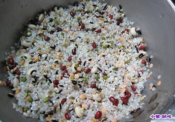 十穀紅豆飯 (3).jpg