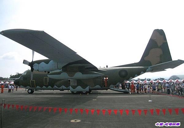 C-130H力士型運輸機 (1).jpg
