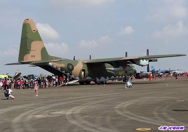 C-130H力士型運輸機(9).jpg