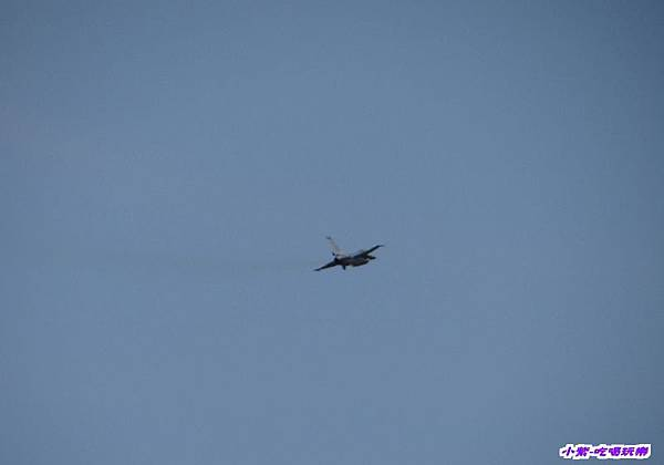 F-16型機性能操演 (1).jpg