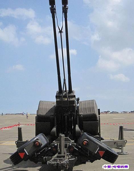 雙管防空快砲 (1).jpg