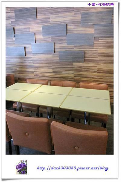 東大丹堤用餐環境 (4).jpg