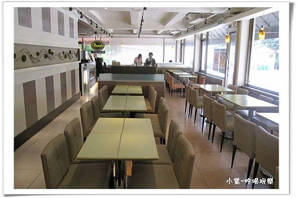 東大丹堤用餐環境 (6).jpg