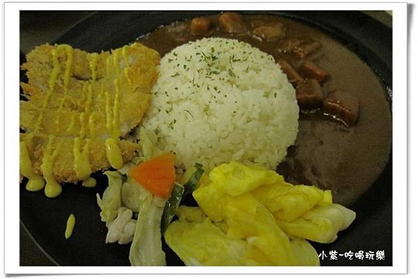 招牌炸豬排咖哩飯特餐130 (2).jpg