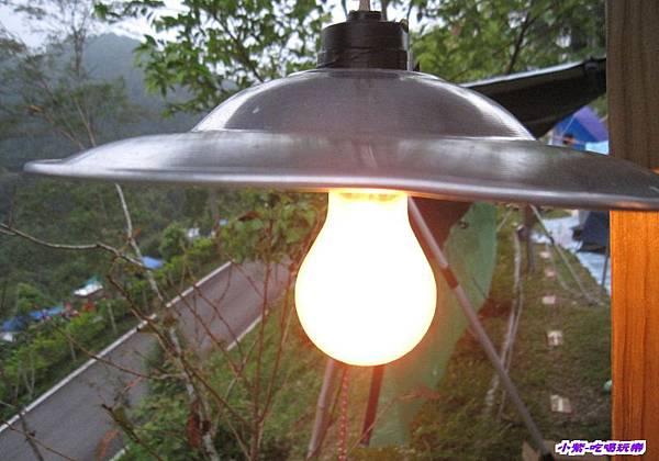 水槽夜燈和開關.jpg