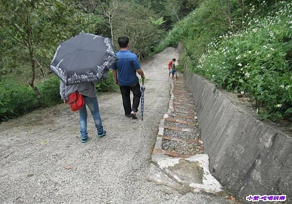 往小溪第2陡坡.jpg