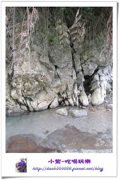 營地下方小溪 (12).jpg