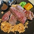 香蒜瓦片牛肉 (1).jpg