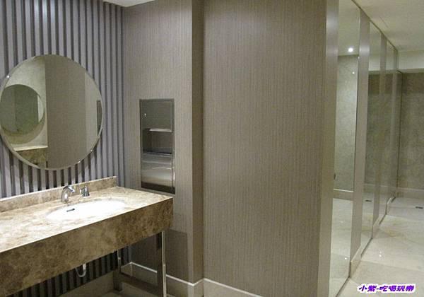 1F- 女廁.jpg