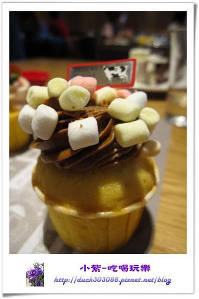 焦糖杯子蛋糕 (1).jpg