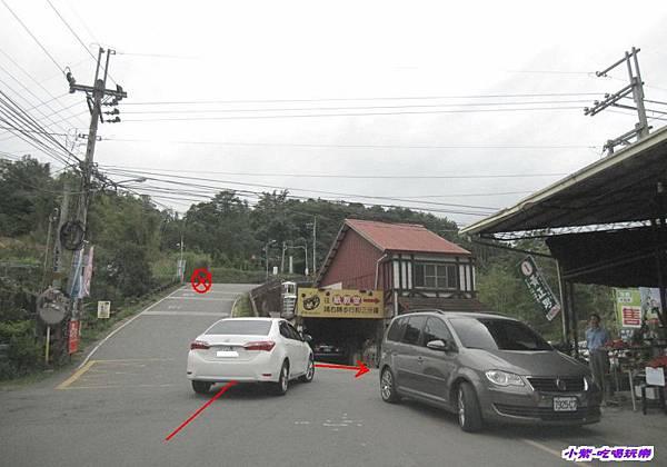 右轉 (1).jpg