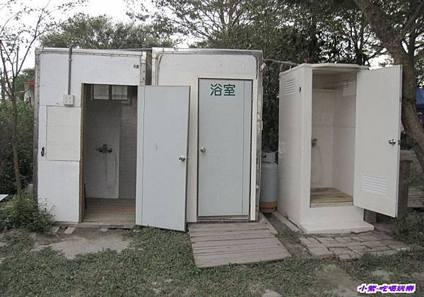 草皮區浴室3間 (1).jpg