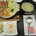 韓式泡菜燒肉煲仔飯180元 (1).jpg