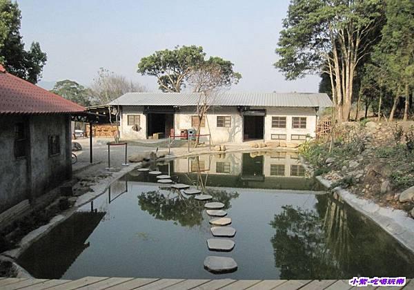 水池.jpg