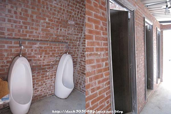 營地的廁所.jpg