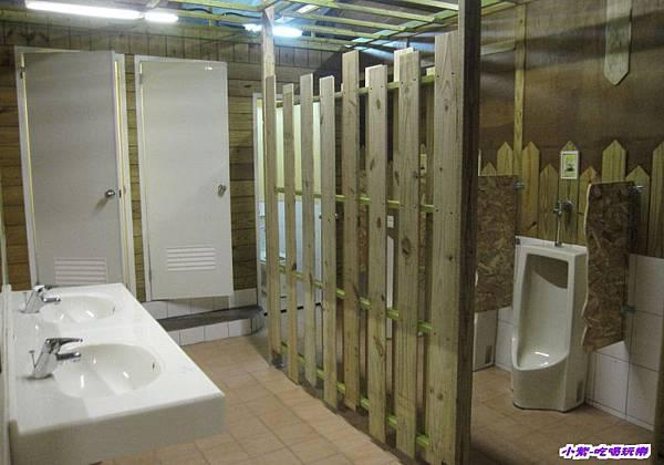 共用廁所.jpg