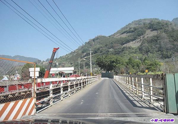 過便橋循後左線.jpg
