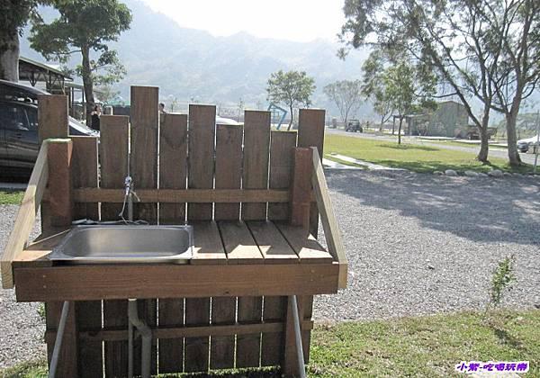 露營木屋水槽.jpg