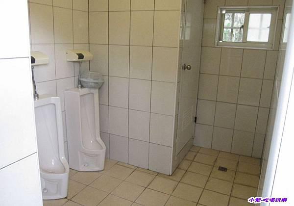 男生衛浴.jpg