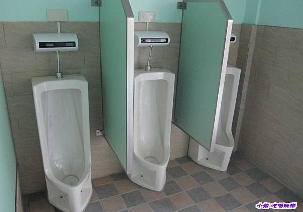 男廁 (1).jpg