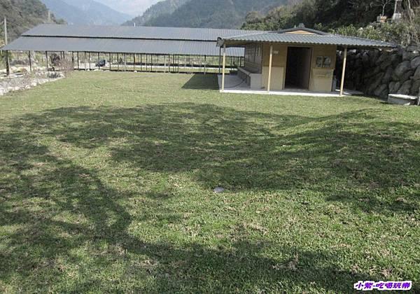 戲水池前營位.jpg