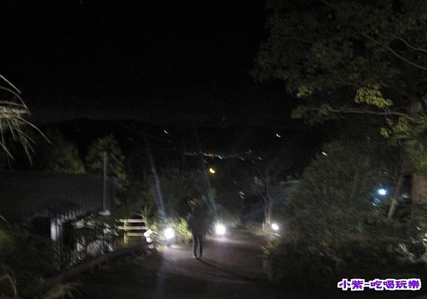 夜燈.jpg