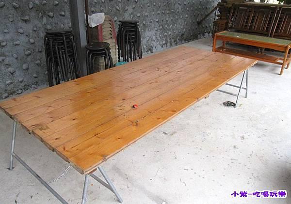 第一區免費桌椅 (1).jpg