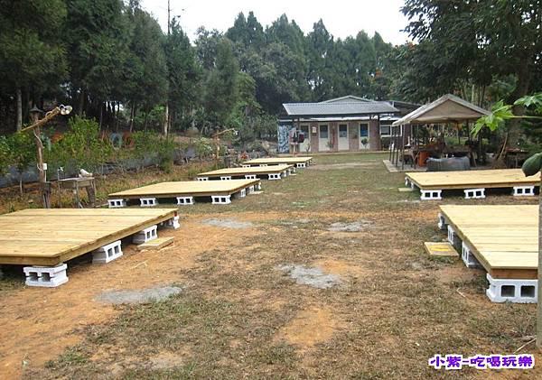 上層木板營位.jpg
