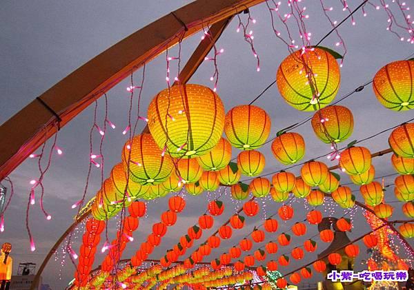 2015台灣燈會-烏日高鐵 (1).jpg