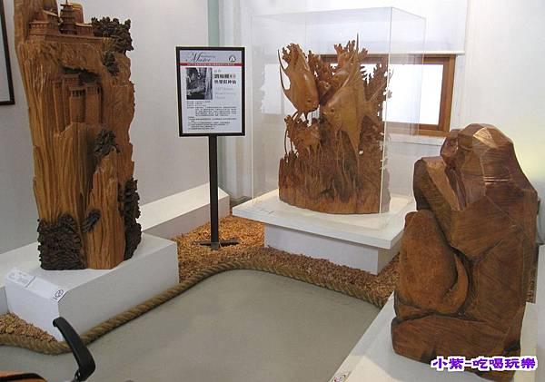 動力室木雕展示館 (2).jpg