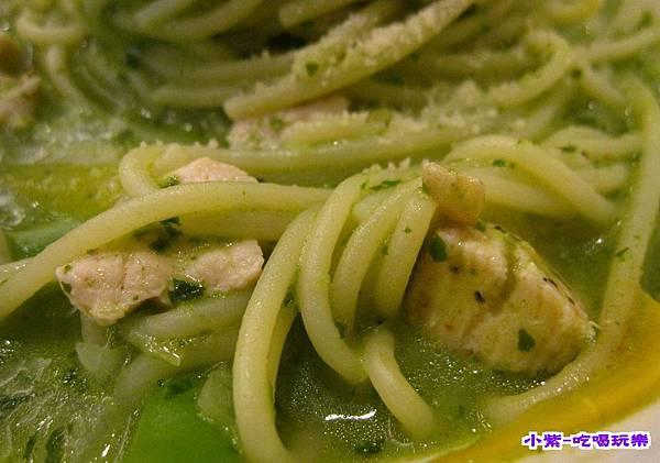 波斯普西塔香青醬義大利麵120 (2).jpg