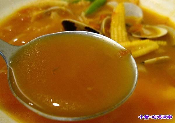 義式蛤蜊鍋麵 (1).jpg