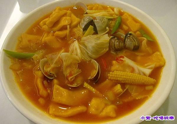 義式蛤蜊鍋麵 (2).jpg