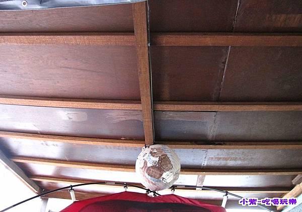 營位上方木板.jpg