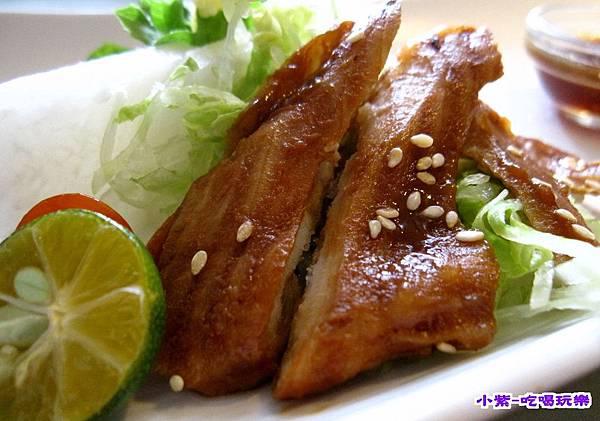 蒲燒鯛魚輕蔬沙拉 (2).jpg