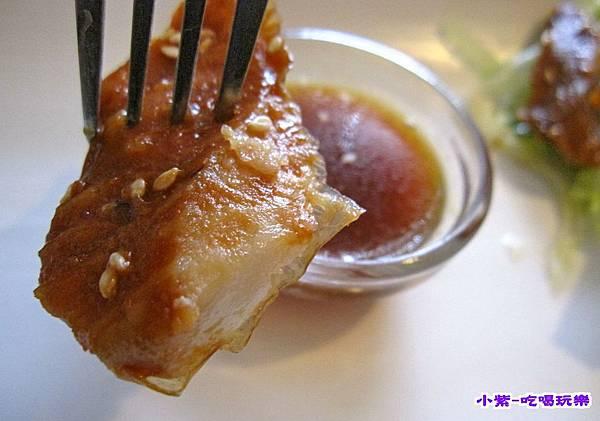 蒲燒鯛魚輕蔬沙拉.jpg