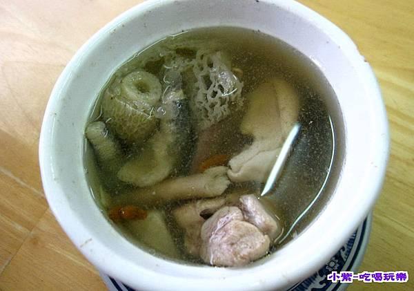 山藥土雞湯50 (3).jpg