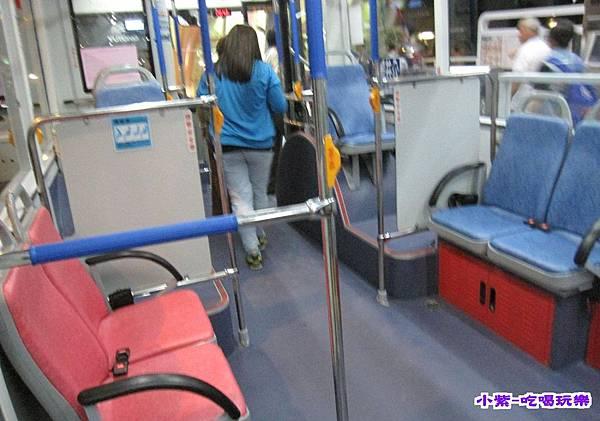 藍線公車座椅 (1).jpg