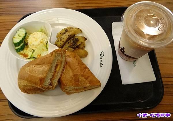 熱烤燻雞乳酪軟法早午餐145 (1).jpg