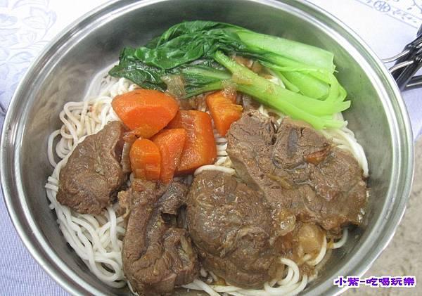 鹹蛋坊牛肉麵 (4).jpg